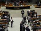 Comissão do impeachment deve discutir parecer até 3h de sábado