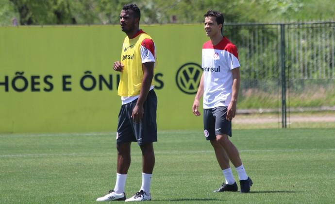 Nilmar no treino do Inter (Foto: Eduardo Deconto/GloboEsporte.com)
