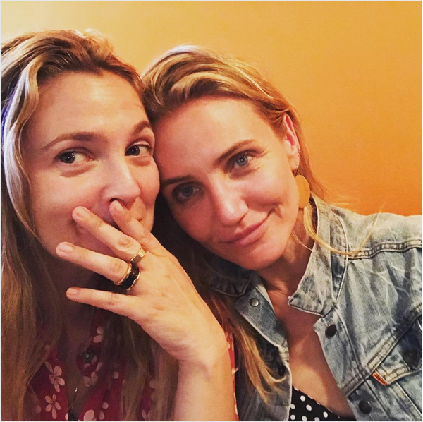 As atrizes Drew Barrymore e Cameron Diaz (Foto: Instagram)
