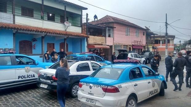 Operação aconteceu em Cem Braças, Tucuns e Rasa nesta sexta-feira (Foto: PM/Divulgação)