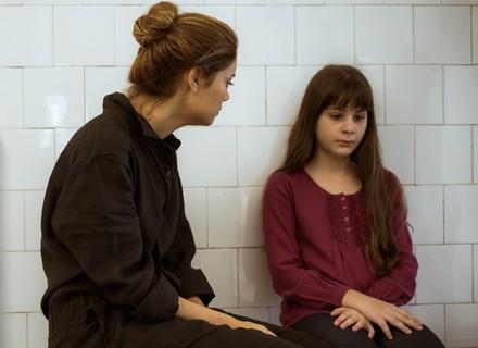 Gabriela se recusa a falar com Alice