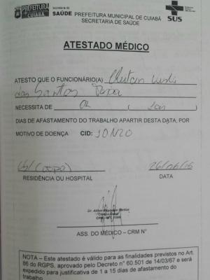 Atestado médico apreendido pela polícia com manicure em Cuiabá (Foto: Divulgação/Polícia Civil-MT)