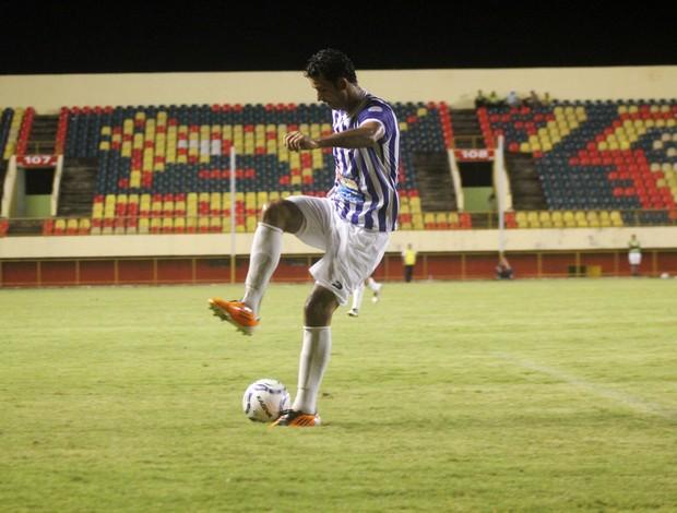 Evilásio, atacante do Atlético-AC (Foto: João Paulo Maia)