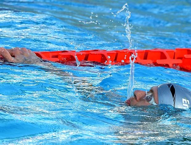 natação Cesar Cielo ouro nos 50m em Roma (Foto: AFP)