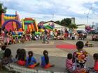 Espetáculo circense encenado na rua encanta moradores no Tocantins