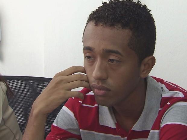 Jan Carlos falou sobre o dia do crime e como foi preso (Foto: Reprodução/TV Tribuna)