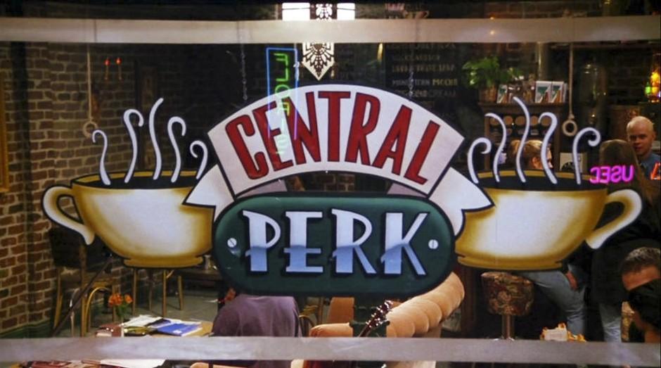 Imagem do Central Perk, cafeteria que funcionava como ponto de encontro no seriado 'Friends' (Foto: Divulgação)
