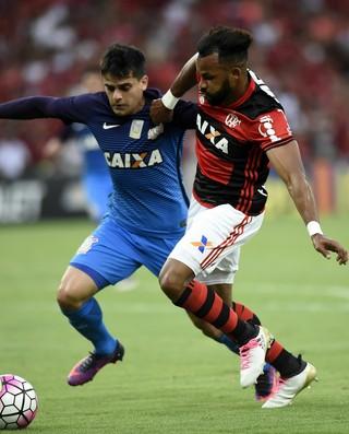 d468463114 Empate faz Flamengo ficar mais longe do líder  Corinthians retorna ...