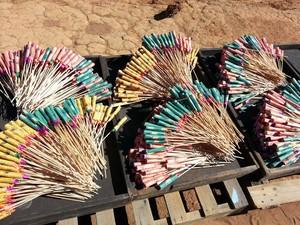 Explosivos são fabricados por trabalhadores (Foto: Anna Lúcia Silva/G1)