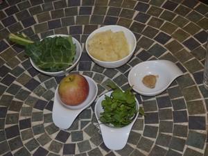 Mistura de frutas e vegetais ajuda na limpeza do corpo (Foto: John Pacheco/G1)