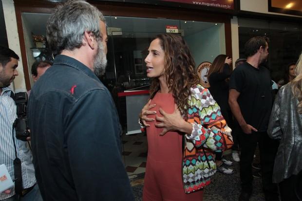 Camila Pitanga e Alexandre Borges em pré-estreia de cinema no Rio (Foto: Marcello Sá Barreto/Ag News)