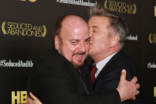 James Toback ao lado do ator Alec Baldwin (Foto: Getty Images)