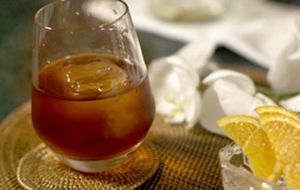 'Kiss Above the Clouds': drinque tem chocolate, rum e licor de café