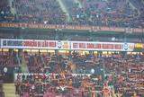 Torcida homenageia Felipe Melo, e Galatasaray vence outra na Turquia