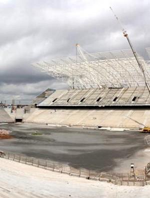 Arena Corinthians tem cobertura leste finalizada (Foto: Divulgação/Odebrecht)