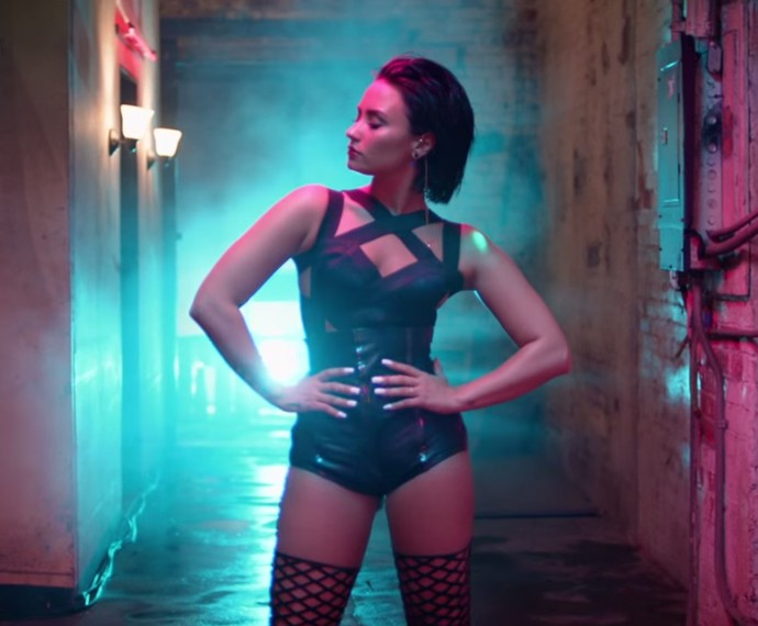 Demi Lovato lançou recentemente o clipe de 'Cool For The Summer' (Foto: Reprodução)