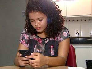 Maiara soube da demissão por meio de uma mensagem no Whatsapp (Foto: Reprodução / EPTV)