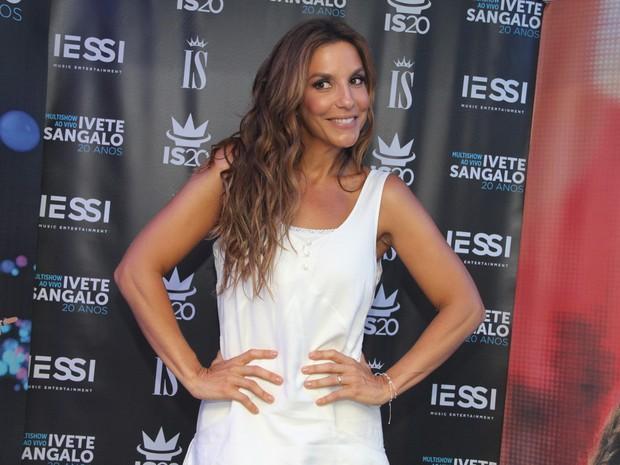 Ivete Sangalo em bastidores de show em Guarapari, no Espírito Santo (Foto: Amandio Santos/ Flash Glamour/ Divulgação)