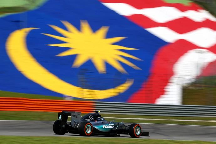 Nico Rosberg em ação no 1º treino livre para o GP da Malásia (Foto: Getty Images)
