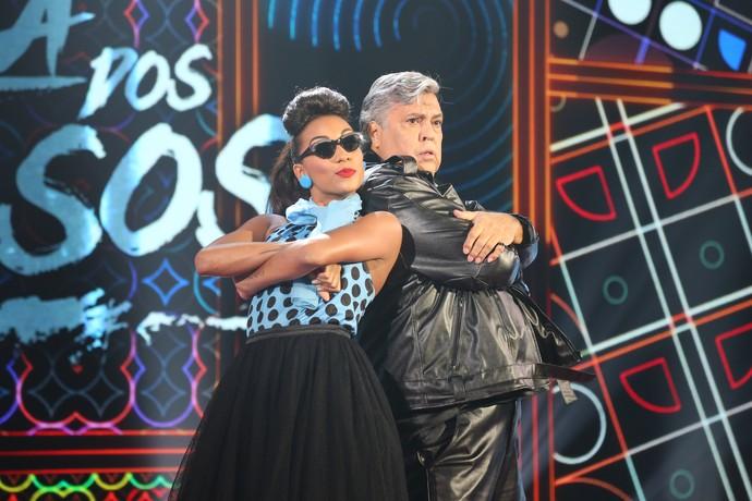 Sidney Magal e Camila Lobo posaram com muita marra em dia de rock (Foto: Carol Caminha/Gshow)