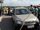 Mulher é encontrada morta a tiros dentro de carro na BR-101, no RN