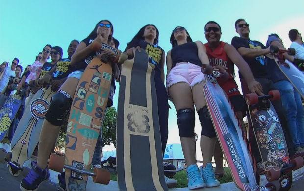 Turma do longboard em Macapá (Foto: Reprodução/TV Amapá)