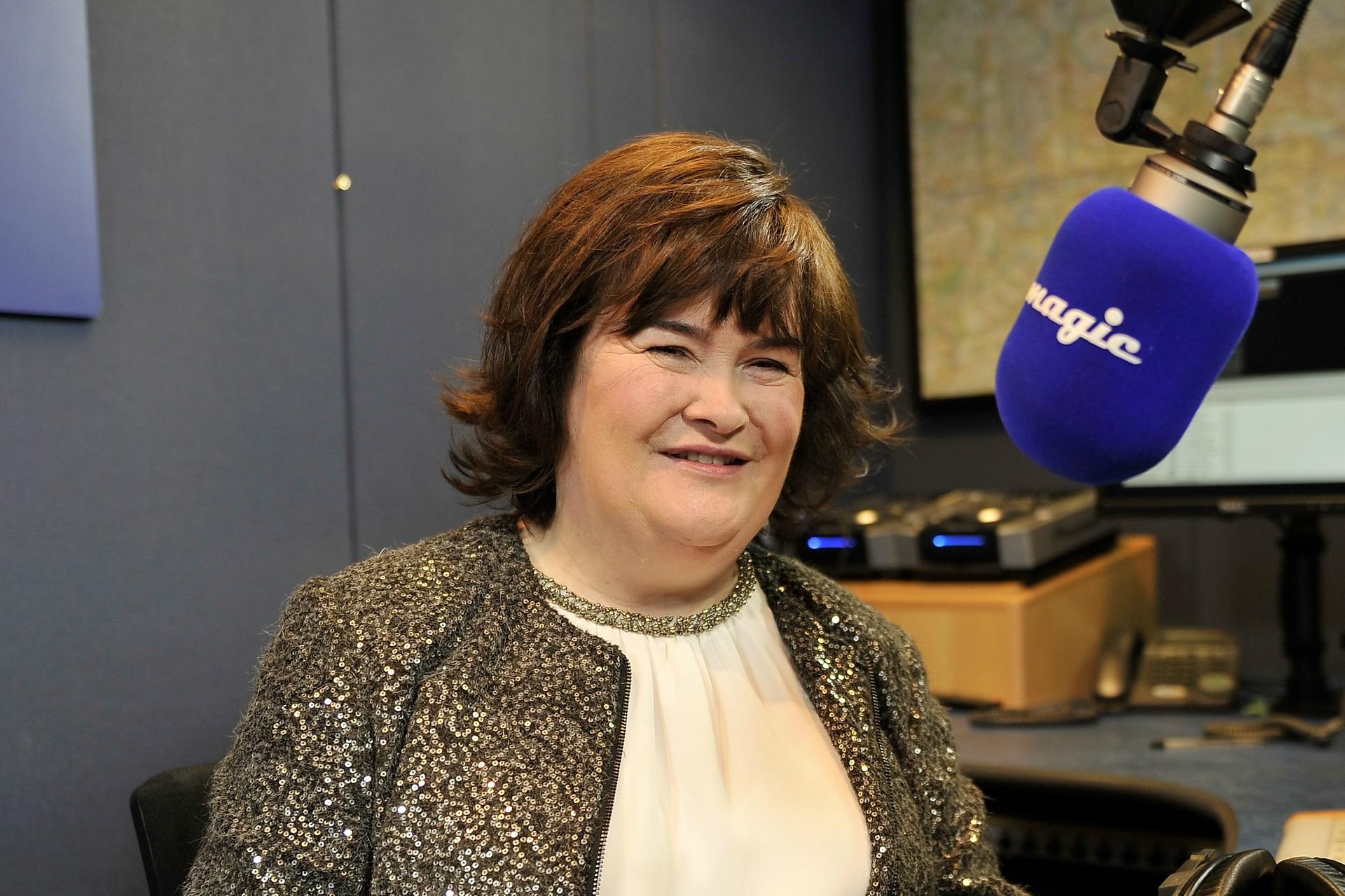 A cantora escocesa Susan Boyle, de 52 anos, se candidatou a um emprego para receber salário mínimo em uma casa de apostas. (Foto: Getty Images)