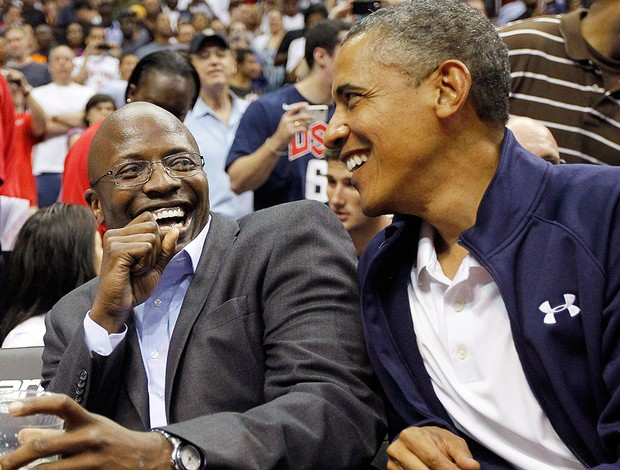 Obama, basquete, Sele&#231;&#227;o Feminina, Reggie Love (Foto: Ag&#234;ncia AP)