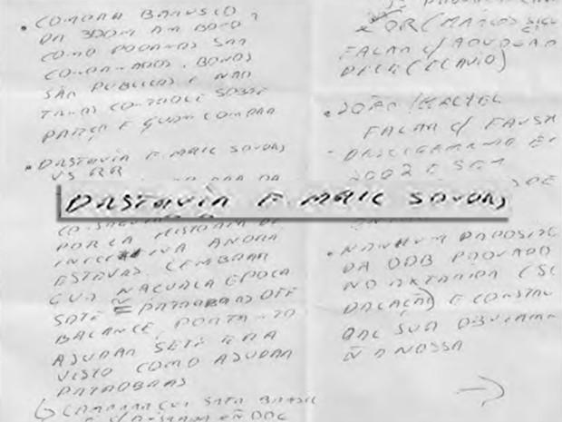 Agentes da Polícia Federal fizeram cópia de bilhete do presidente da Odebrecht, Marcelo Odebrecht, para advogados (Foto: Reprodução)