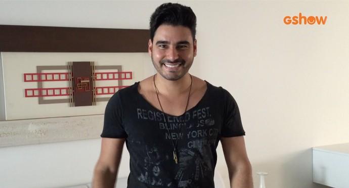 Guto Ribeiro convida público do Gshow para curtir seu novo clipe. (Foto: Reprodução)