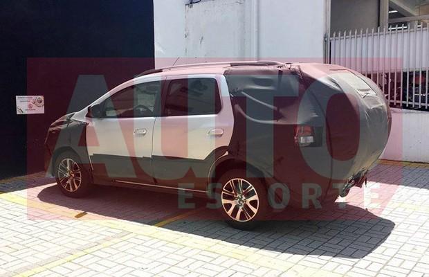 Chevrolet Spin é flagrado em SP (Foto: André Vieira)