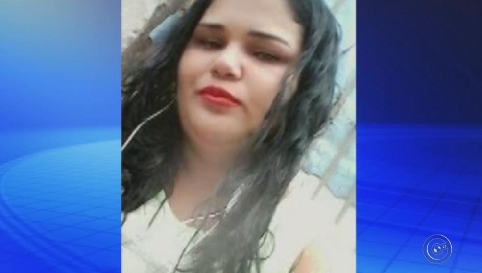 Mulher é assassinada pelo ex-marido em Tupã (Foto: Reprodução/TV TEM)