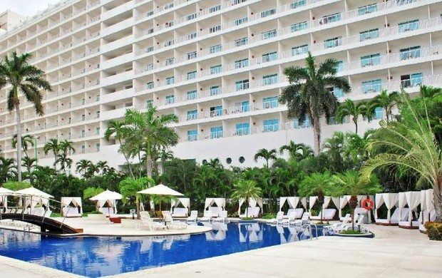 Fotos atuais do hotel onde em 1977 foram gravados os episódios de Chaves em Acapulco (Foto: Reprodução/site oficial)