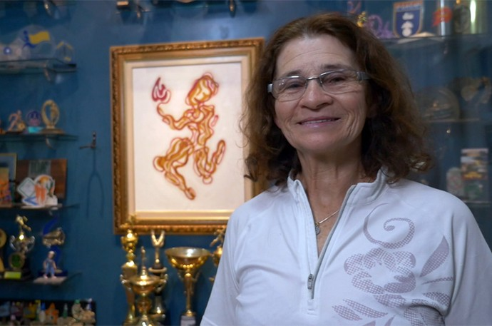 Dona Irena recebeu uma surpresa especial de Dia das Mães (Foto: Reprodução/RPC)