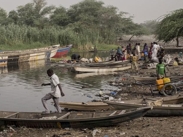 Um ataque do Boko Haram em fevereiro deste ano, na cidade de Ngouboua, no Chade, levaram milhares de pessoas a deixarem suas casas (Foto: Sylvain Cherkaoui/Cosmos/ Médico Sem Fronteiras)