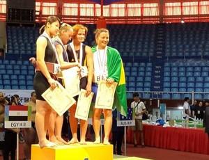 Luciana Watanabe Bronze no Mundial de Sumô 2014 (Foto: Reprodução / Facebook)