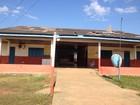 Após reclamação de pais, escola municipal recebe limpeza em Guajará