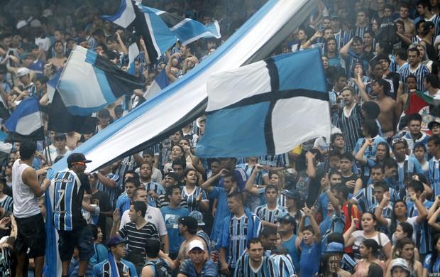 Torcida do Grêmio toma Olímpico em último treino antes do Gre-Nal (Foto: Guilherme Testa/PressDigital)