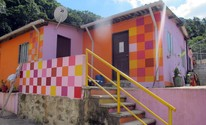 Confira fotos do projeto social que traz colorido s casas na Serra do Mar (Anna Gabriela Ribeiro/G1)