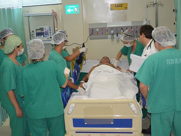 Primeiro paciente que foi atendido na nova instalação fez um cirurgia de angioplastia (Foto: Geovane Brito/G1)