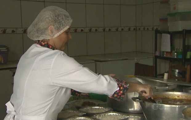 Empresária reclama da falta de produtos na capital (Foto: Acre TV)