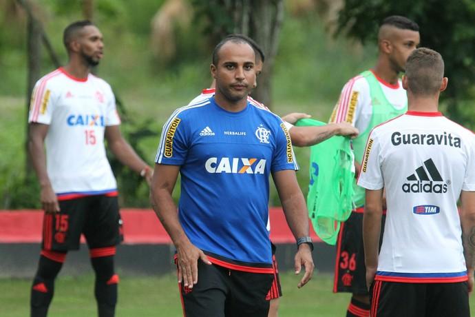 Deivid comanda treino do Flamengo (Foto: Gilvan de Souza / Flamengo)