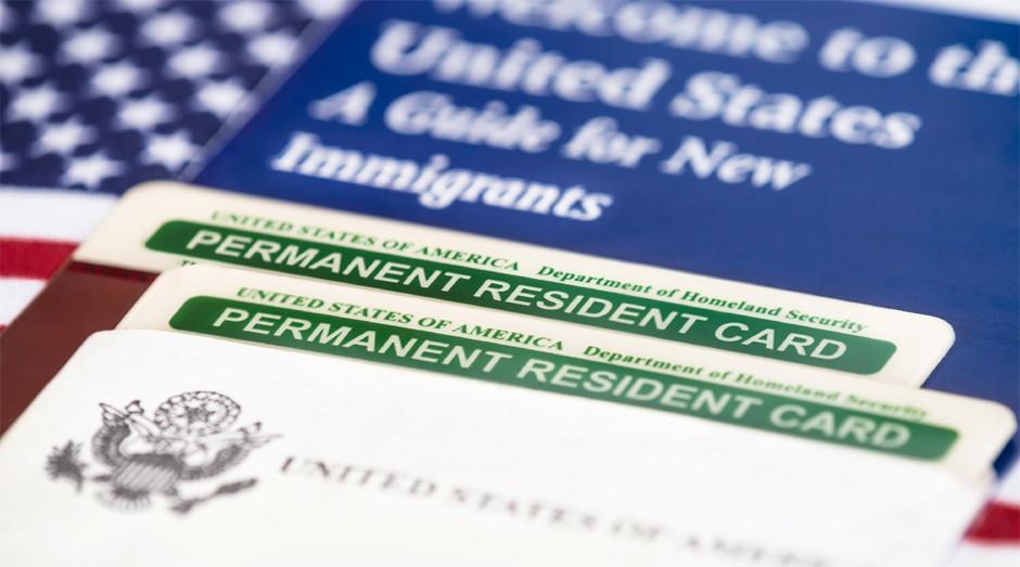 Green Card: documentos falsos estão sendo vendidos (Foto: Reprodução )