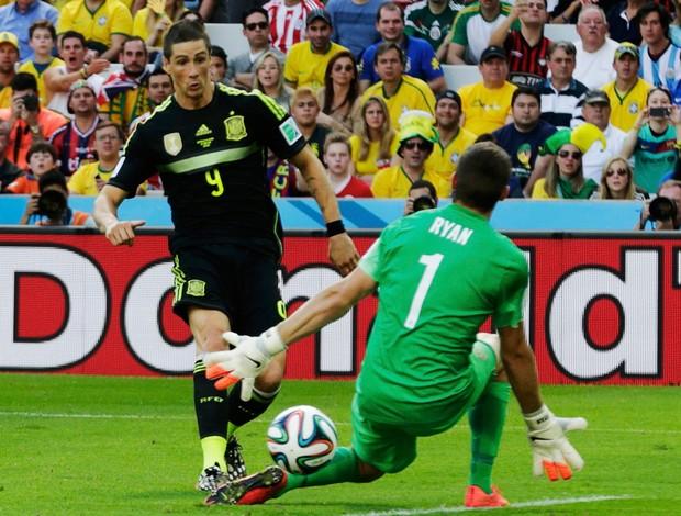 Fernando Torres gol Espanha x Austrália   (Foto: Reuters)