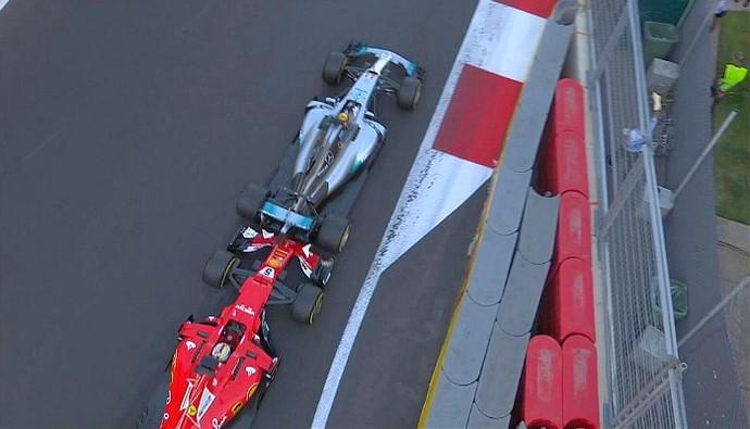 Vettel e Hamilton batem em Baku (Foto: Reprodução/FOM)