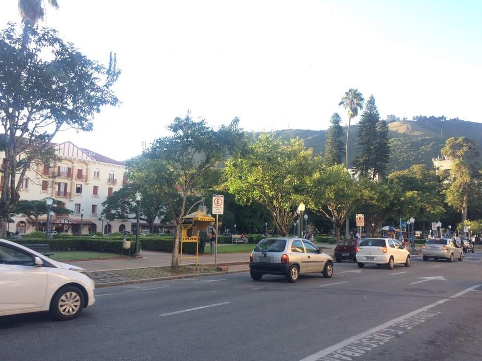 Serviço de transporte alternativo tem gerado polêmica em Poços de Caldas (MG) (Foto: Lúcia Ribeiro)