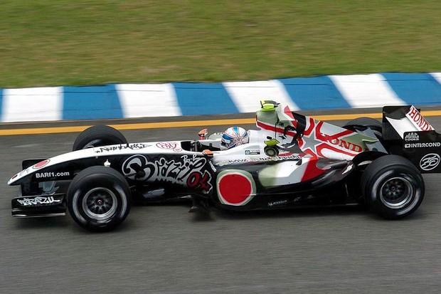 BAR nos treinos livres para o GP do Brasil de 2004 (Foto: Divulgação)
