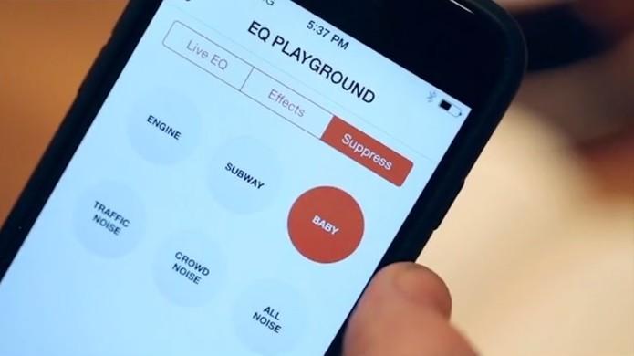 Fone wireless controla som ambiente de forma personalizada pelo usuário (Foto: Reprodução/Kickstarter)
