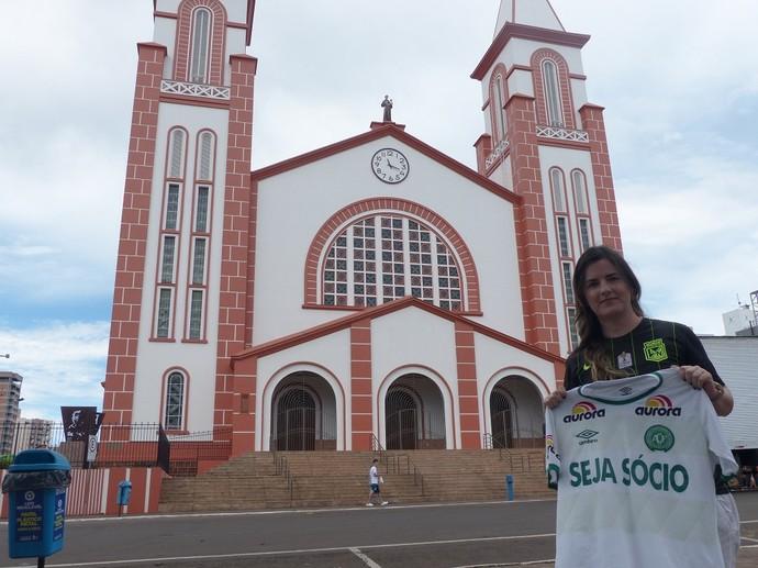 Chape x Nacional: colombiana Veronica, torcedora do Nacional que mora em Chapecó. (Foto: Janir Junior)