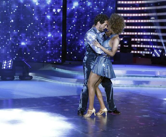 Flávio Canto e Ivi Pizzotti foram os segundos participantes a se apresentar (Foto: Inácio Moraes/Gshow)